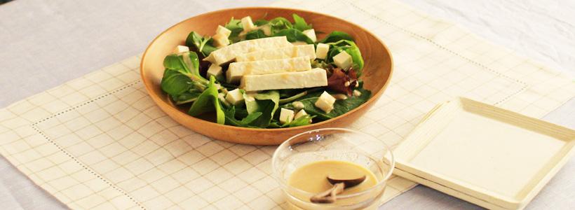 塩麹ごまドレッシングの豆腐サラダ