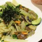 野菜だしと豆乳の具だくさんスープパスタ